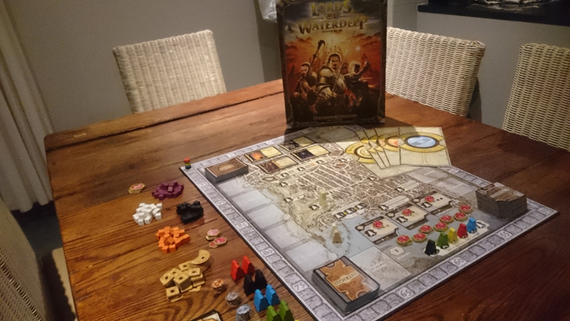 Lords of Waterdeep - What's in the Box?